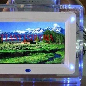 Продаю Мультимедиа плеер MP3,  MP4,  AVI,  JPG и др. 7 дюймов экран. Mult