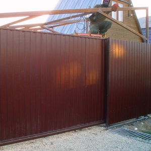 Строительство и установка забора,  ворот : в Жодино и районе