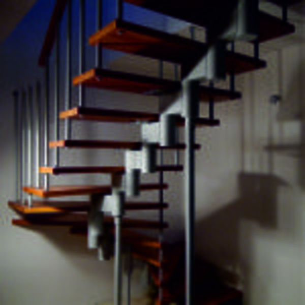 Межэтажные лестницы на металлическом каркасе 3